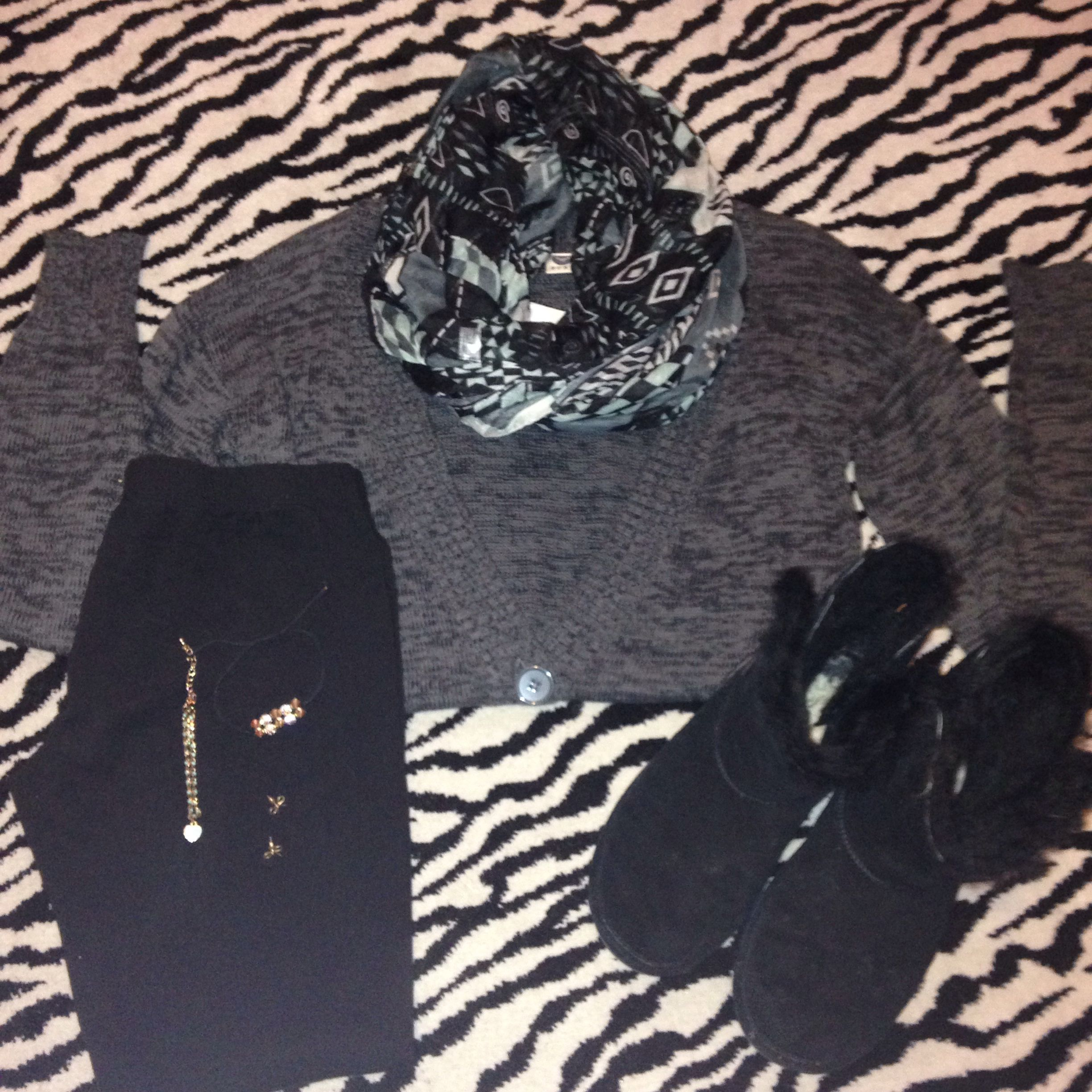 Shirt: Pacsun  Scarf: pacsun Leggings: walmart Boots: anywhere that sells bearpaws jewlery: unknown