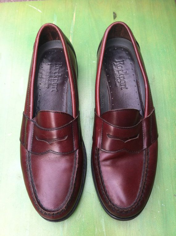 9fb47dbb977 Vintage burgundy penny loafers