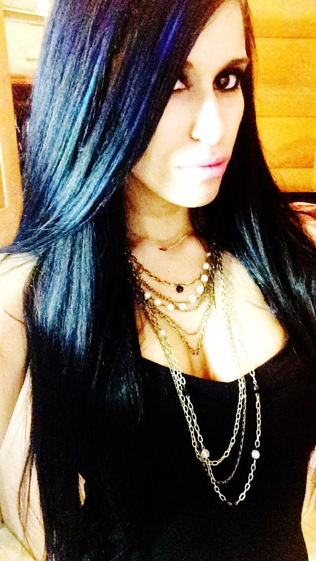 Jet Black Hair With Blue Tint And Blue Highlights Hair Pinterest