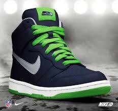Nike dunks, Sneakers, Nike shoes roshe