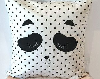 sleeping panda black and white dots pillow cover housse de coussin panda pois noir et blanc. Black Bedroom Furniture Sets. Home Design Ideas