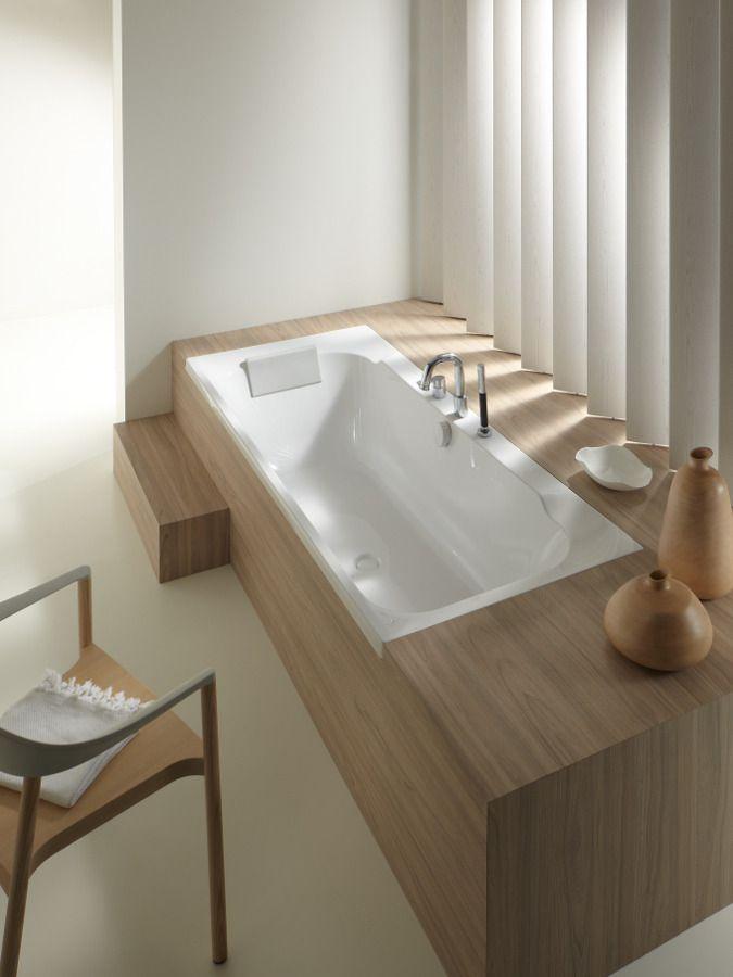 Un robinet de bain avec une installation sur gorge