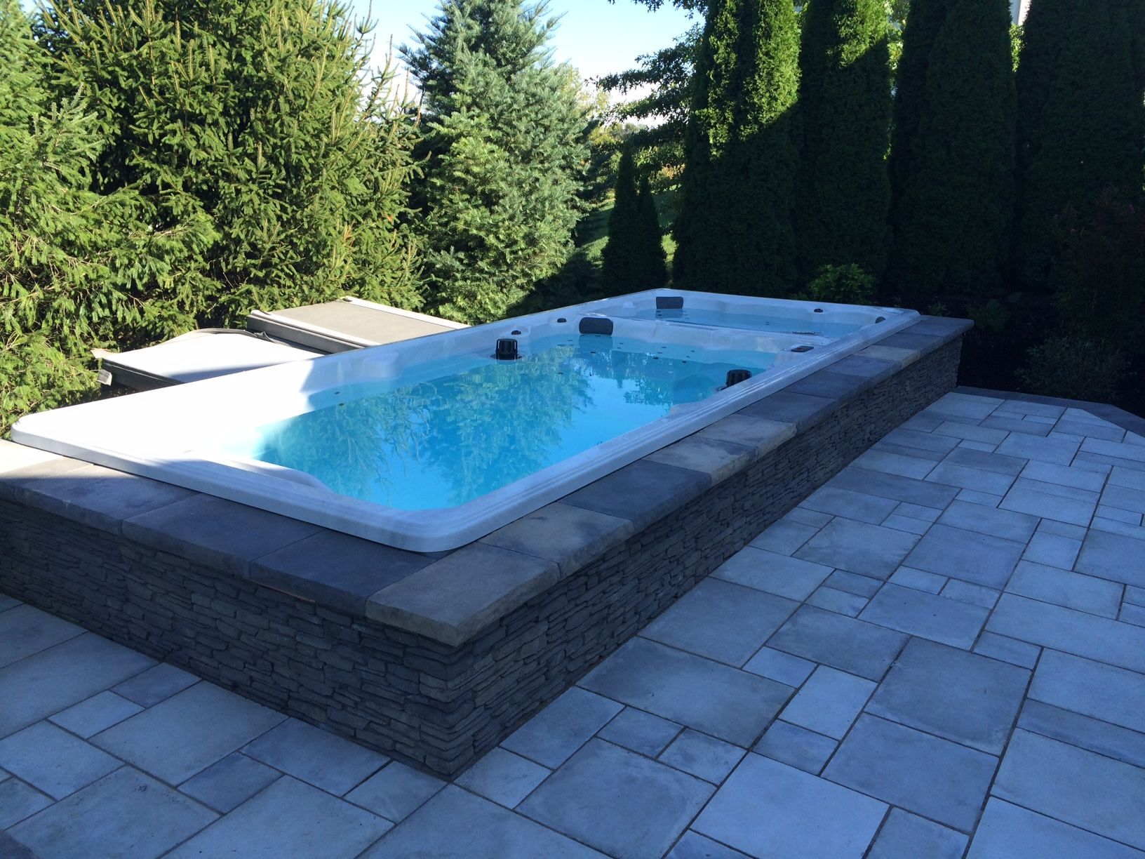Honey swim spa 19 footer in new patio swim spa deck for Spa swimming pool