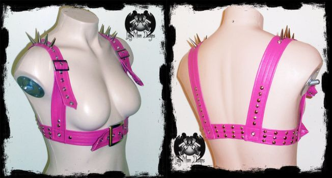 New spike chest harness. Available here -
