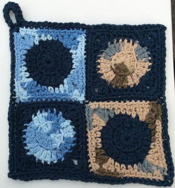 Crochet Patterns Trio Of Circle Potholders Knittingcrocheting
