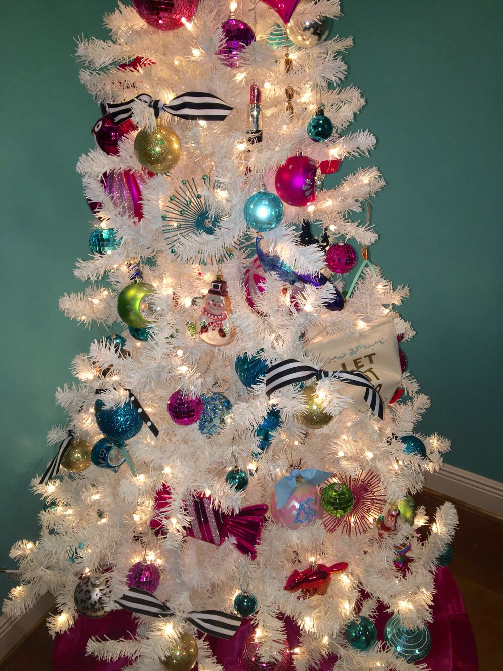 Kate Spade Inspired Christmas Tree | Happy Holidays | Pinterest ...