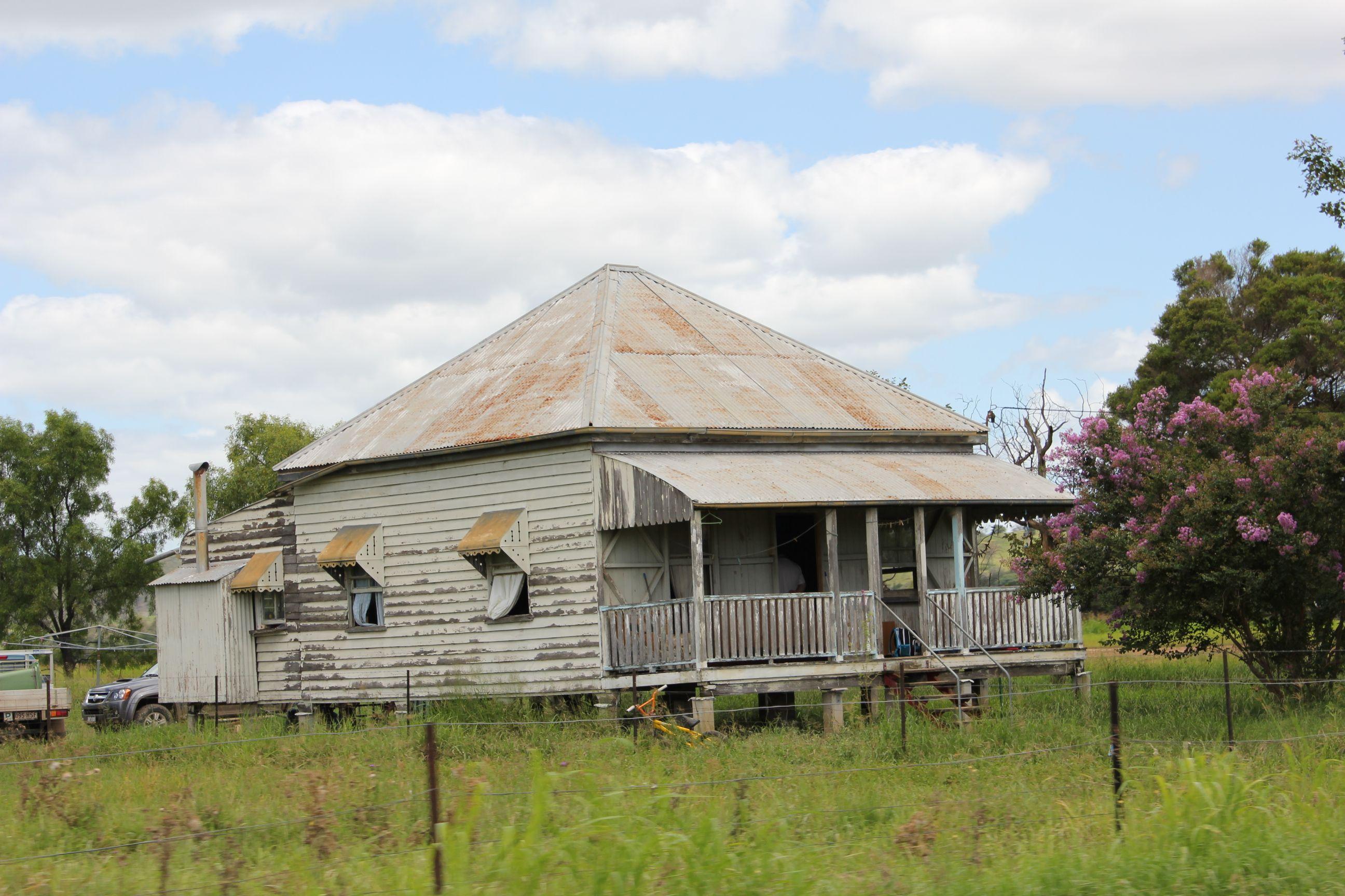 c6179a26f7ab68188cad043f37e31907 - View Photos Of Australian Farm Houses  Gif
