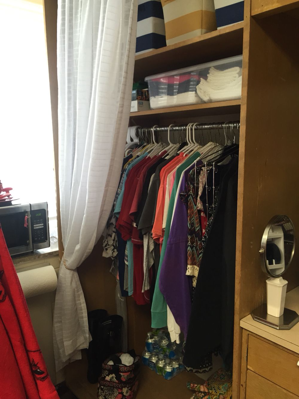 Yocum Hall Closets  University Of Arkansas {can Fit Way More Than Expected}