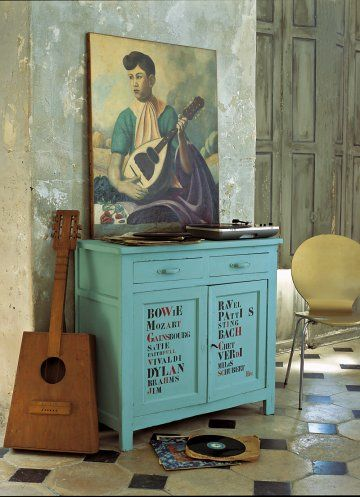 Un Meuble Peint De Musiciens | Paint Furniture, Dresser And