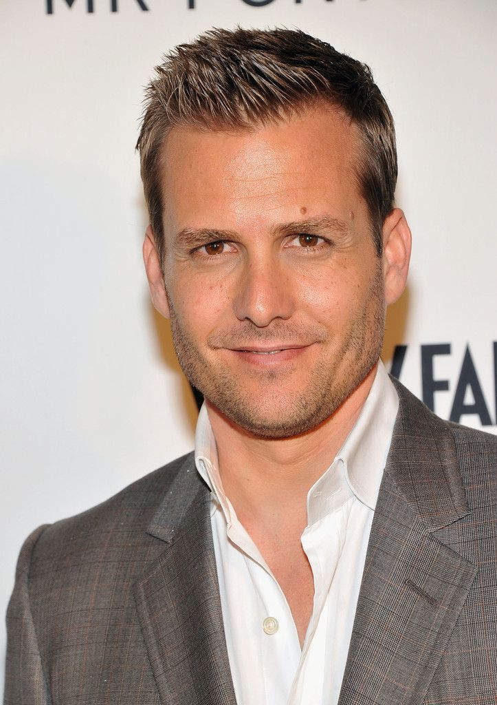 Gabriel Macht Spiked Hair Gabriel Macht S Hair Stylist Did Such A Great Job His Hair Almost Looks Sculpted Haircuts For Men Mens Hairstyles Hair Beauty
