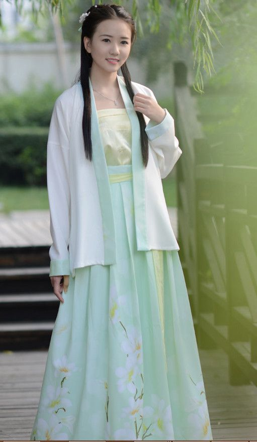 67bcab6ff Pale Green Floral Song Dynasty Hanfu Traditional Chinese, Chinese Style, Traditional  Outfits, Chinese