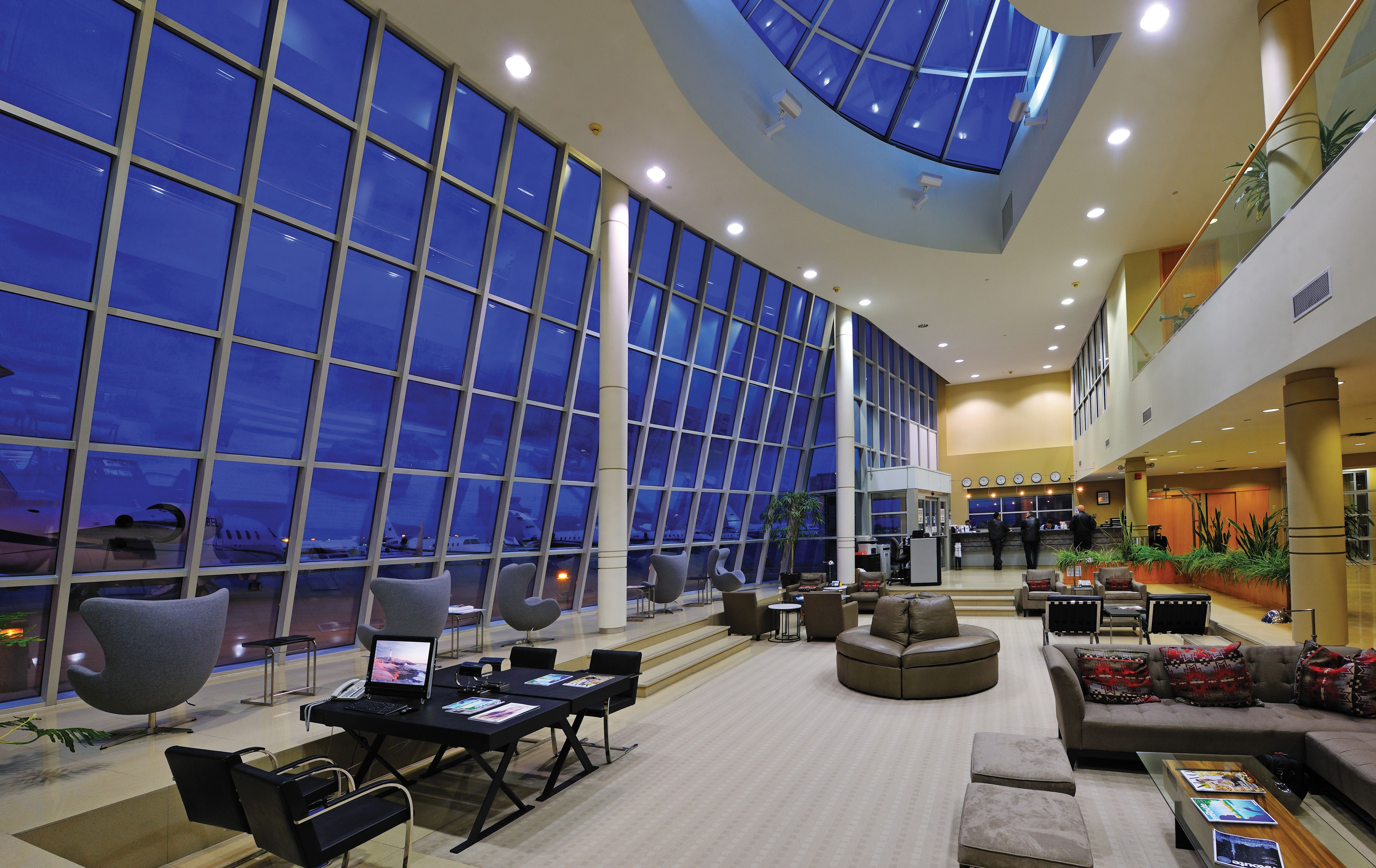Toronto Airport FBO » Fixed Base Operations