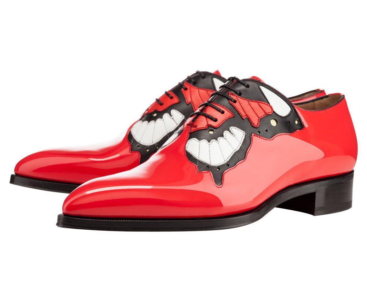 3fdd7dd9497 FootGift chaussure homme Rouge en cuir décorée avec un motif papillon avec  un bout pointu