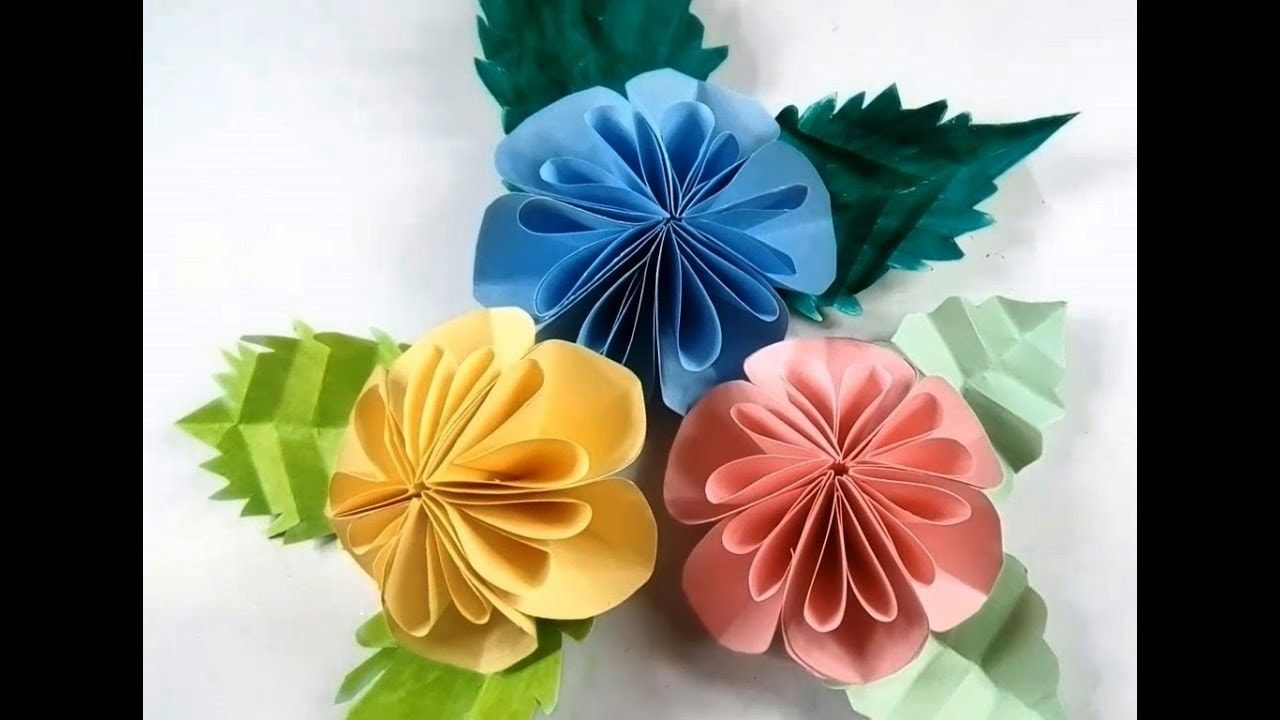 Diy Easy Big Paper Flowers Papercraft Pinterest Wall Decor