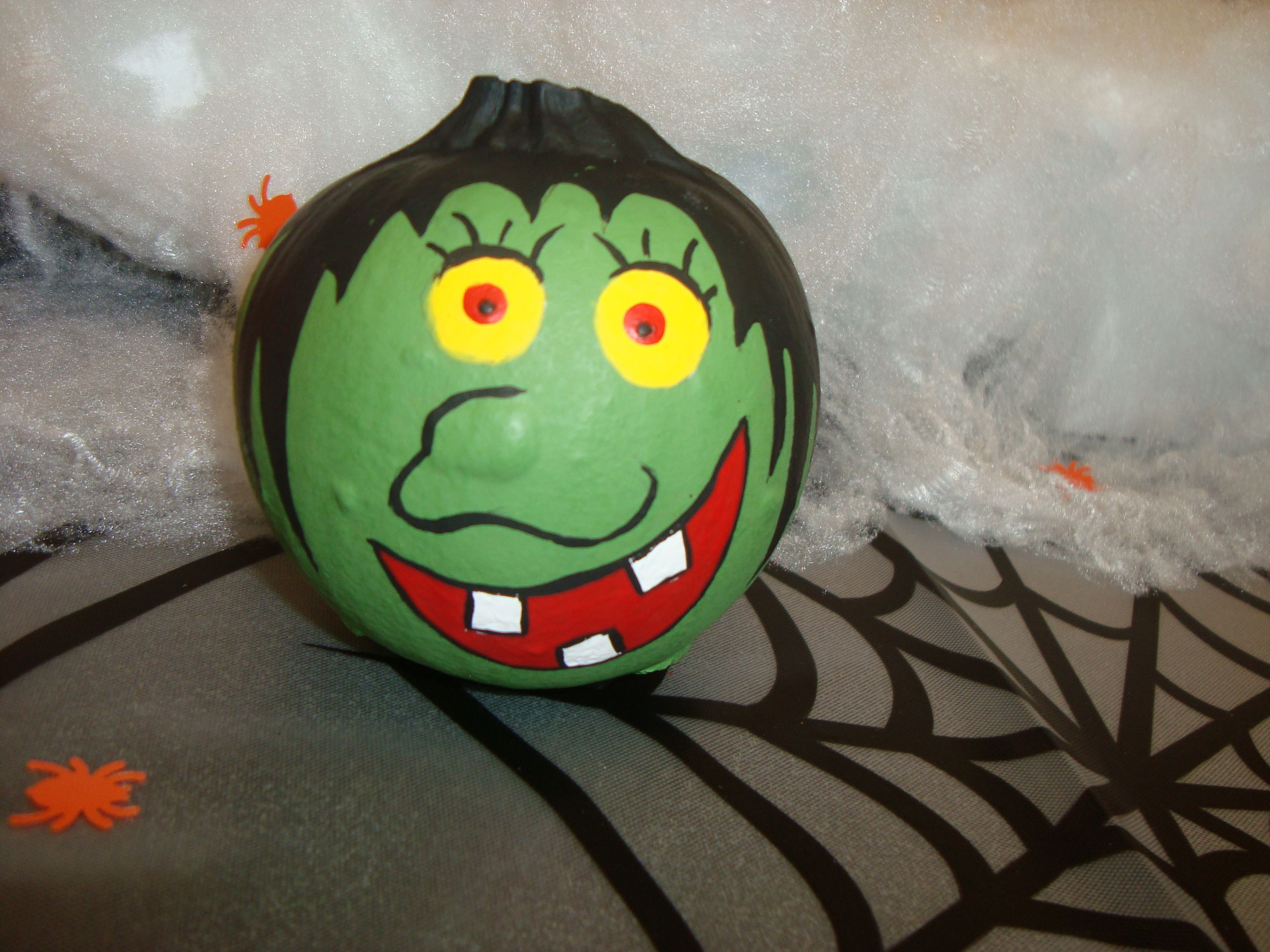 mini witch painted pumpkin pumpkins pinterest witch painting. Black Bedroom Furniture Sets. Home Design Ideas