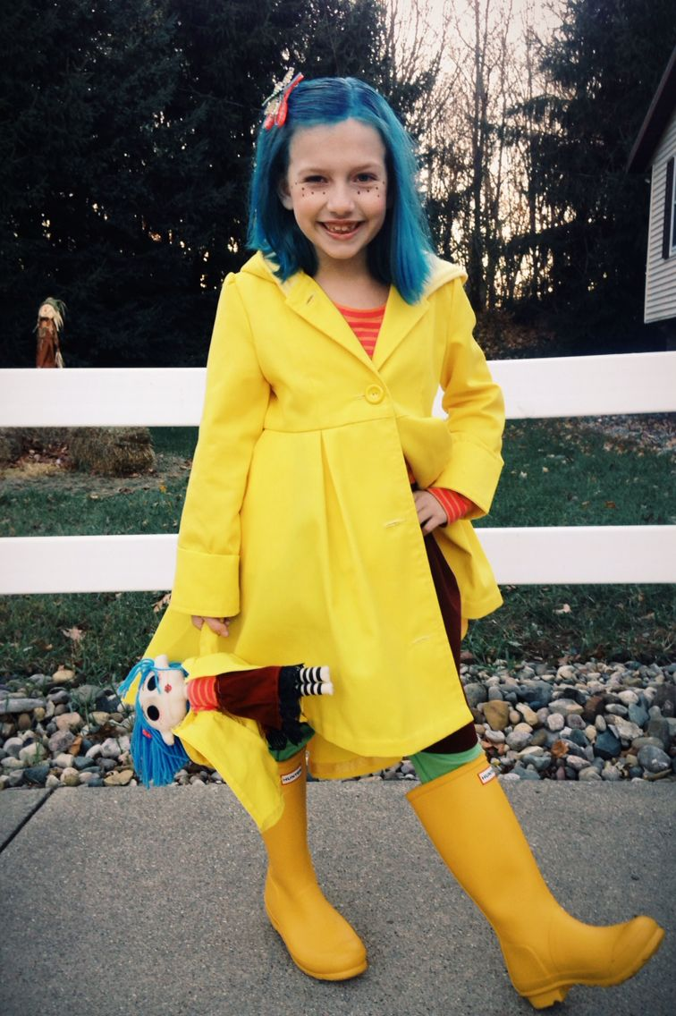 Coraline costume things created by my own two hands
