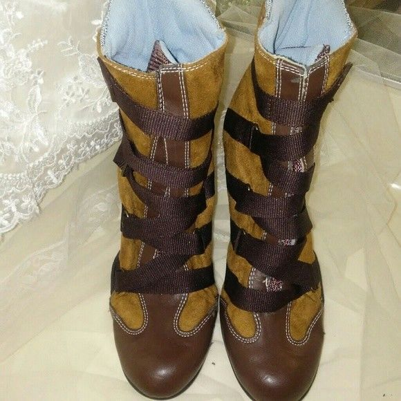 Dollhouse Mujer Ante Cross Ankle botas with Criss Cross Ante Lacing talla 9 9b7b0f