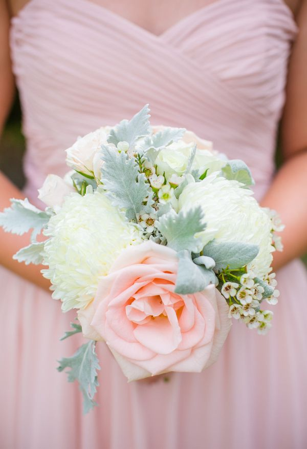 Light pink + white + lambs ear = a recipe for palette perfection // Dana Cubbage Photography