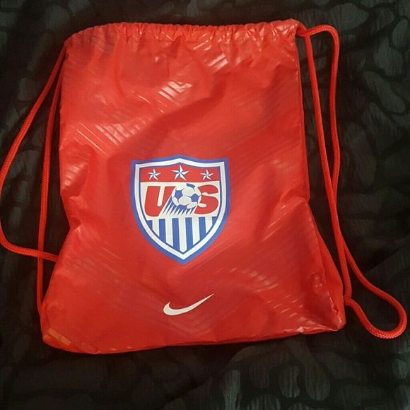 Drawstring bag Nike U.S. soccer drawstring backpack. Only used a few times.  Looks like new! Nike Bags Backpacks a9d75208dde35