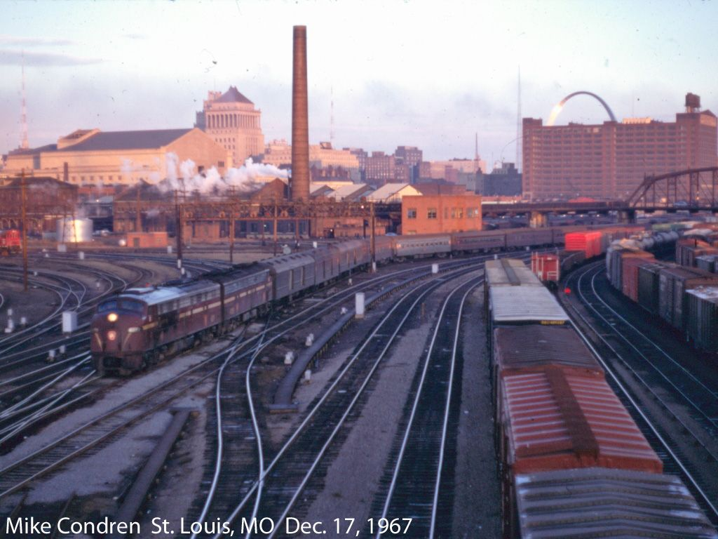 Train to colorado from pa - The Penn Texas Is Seen Arriving At St Louis Union Station On Dec 17 Railroad Historypennsylvania Railroadunion Stationtrain
