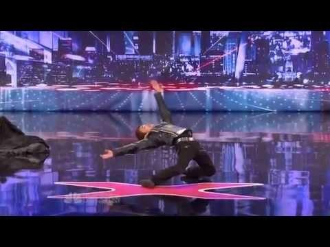 El baile asombroso de Kenichi Ebina - Videos Estrellas