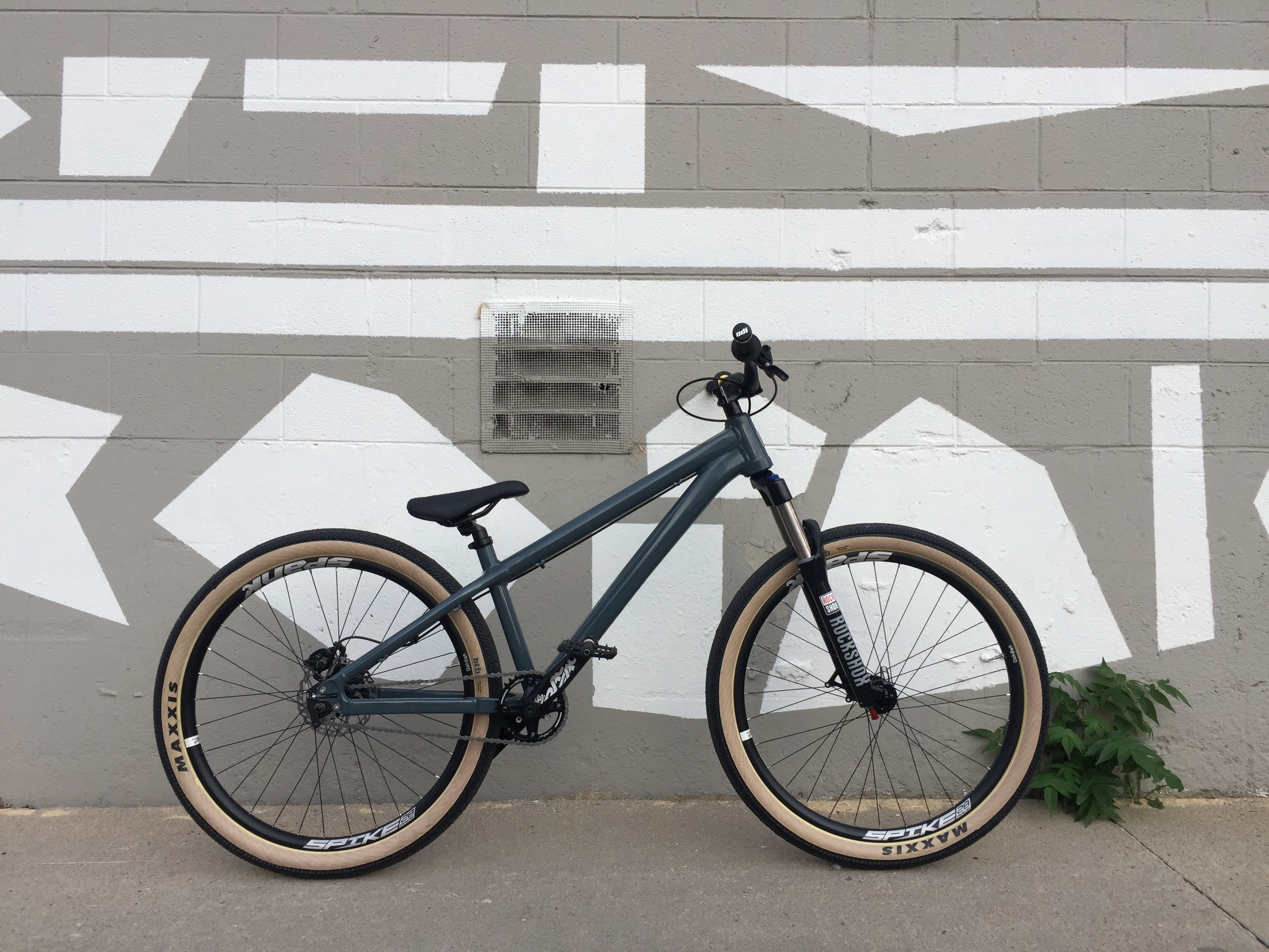 My Custom 2017 Santa Cruz Jackal Bmx Dirt Moutain Bike Trial Bike