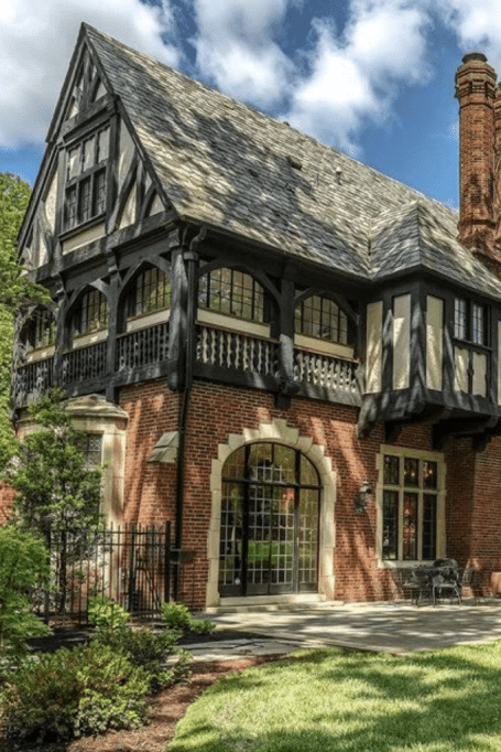 1927 Tudor Revival For Sale In Saint Louis Missouri Captivating Houses In 2020 Tudor Style Homes Architecture Architecture House