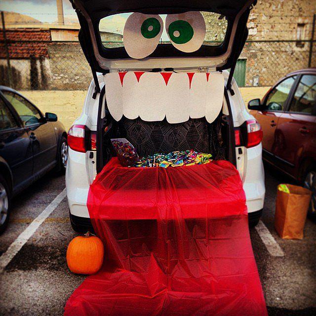 Trunk Halloween Decorating Ideas: 29 Thrilling Trunk-or-Treat Ideas