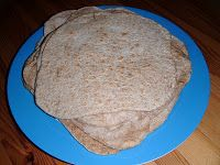 We Don't Eat Anything With A Face: Low-Fat Flatbread Wraps