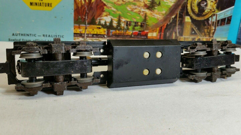 ** Athearn Blue Box Locomotive Parts **  1-Blomberg M Truck Black Sideframe Set
