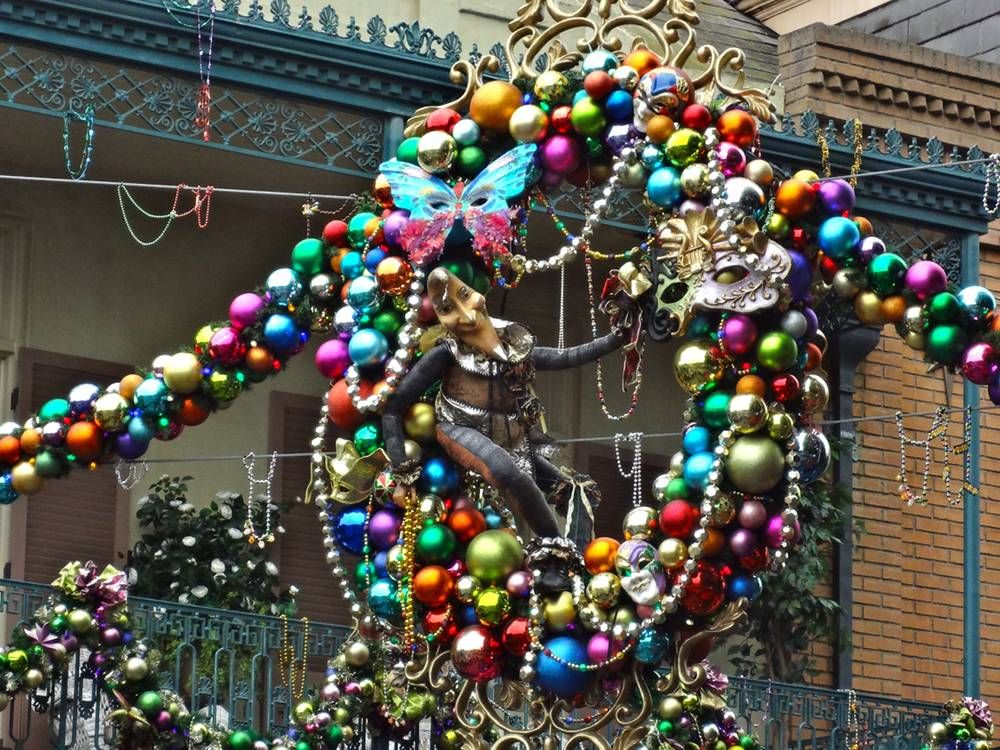 Christmas In New Orleans 2013 | Love How They Decorate New Orleans Square  Within The Theme
