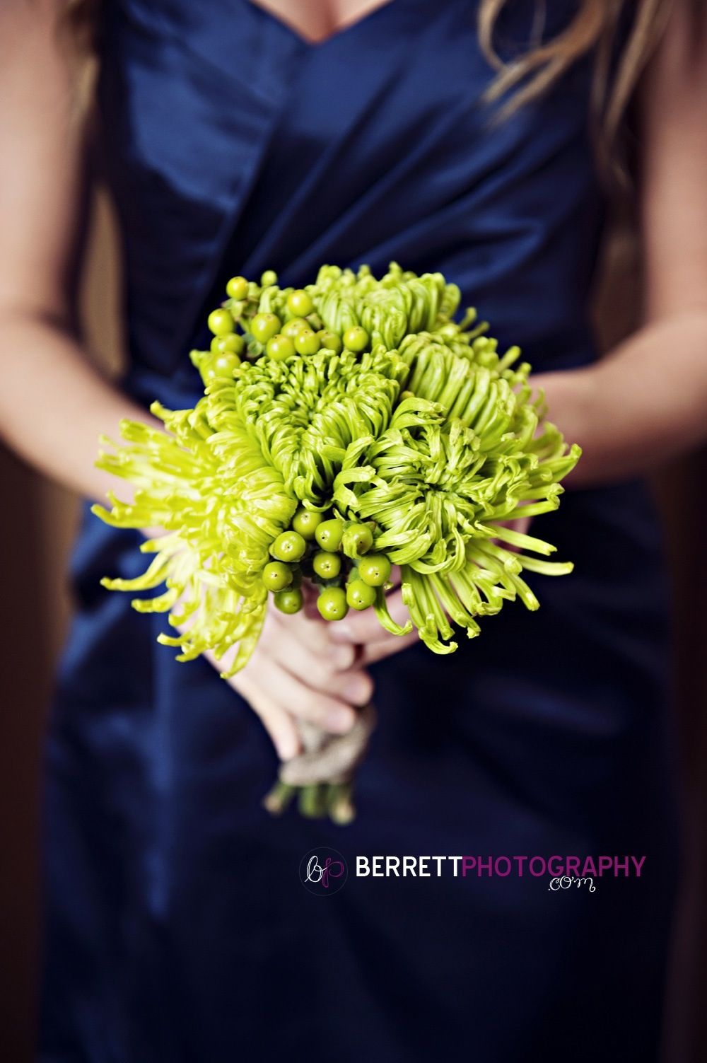Perfect Simple Green Bouquet With Spider Mum Flowers Wedding