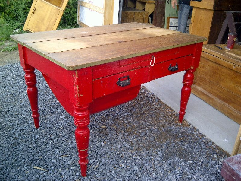Antique Quebec Pine Flour Bin Table With Red Painted Base On Kijiji Montreal Furniture Refurbished Furniture Diy Furniture