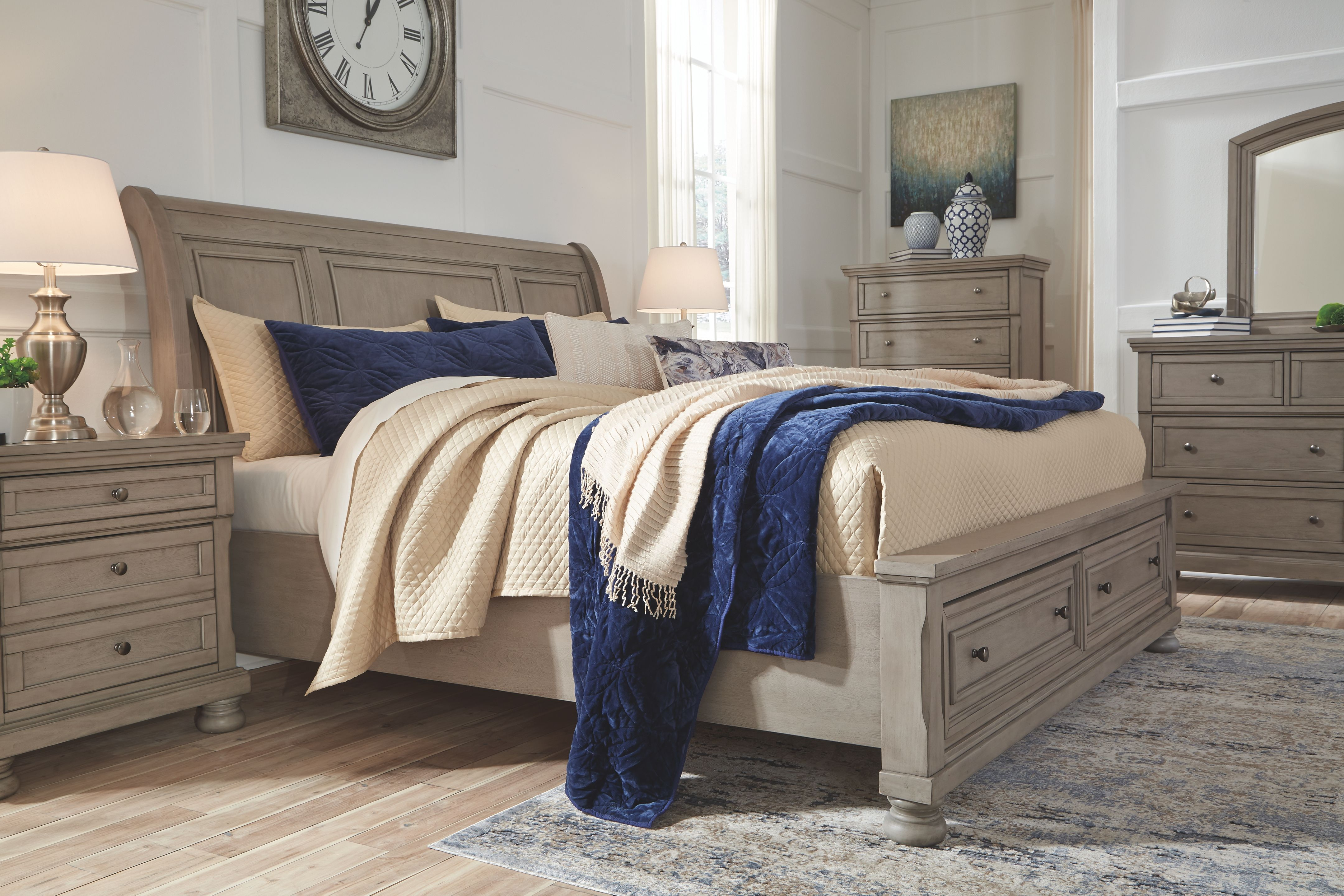 Best Lettner King Sleigh Bed With 2 Storage Drawers Light Gray 400 x 300