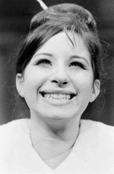 Happy Birthday To Barbra Streisand Born 24 April 1943 Seen Here In 1962 Girl Humor Female Movie Stars Funny Profile Pictures