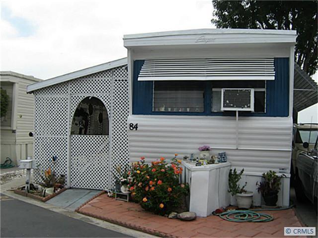 14325 Mcnab Avenue 84 Bellflower Ca Trulia Com Single Wide Mobile Homes Single Wide Trailer Mobile Home Living