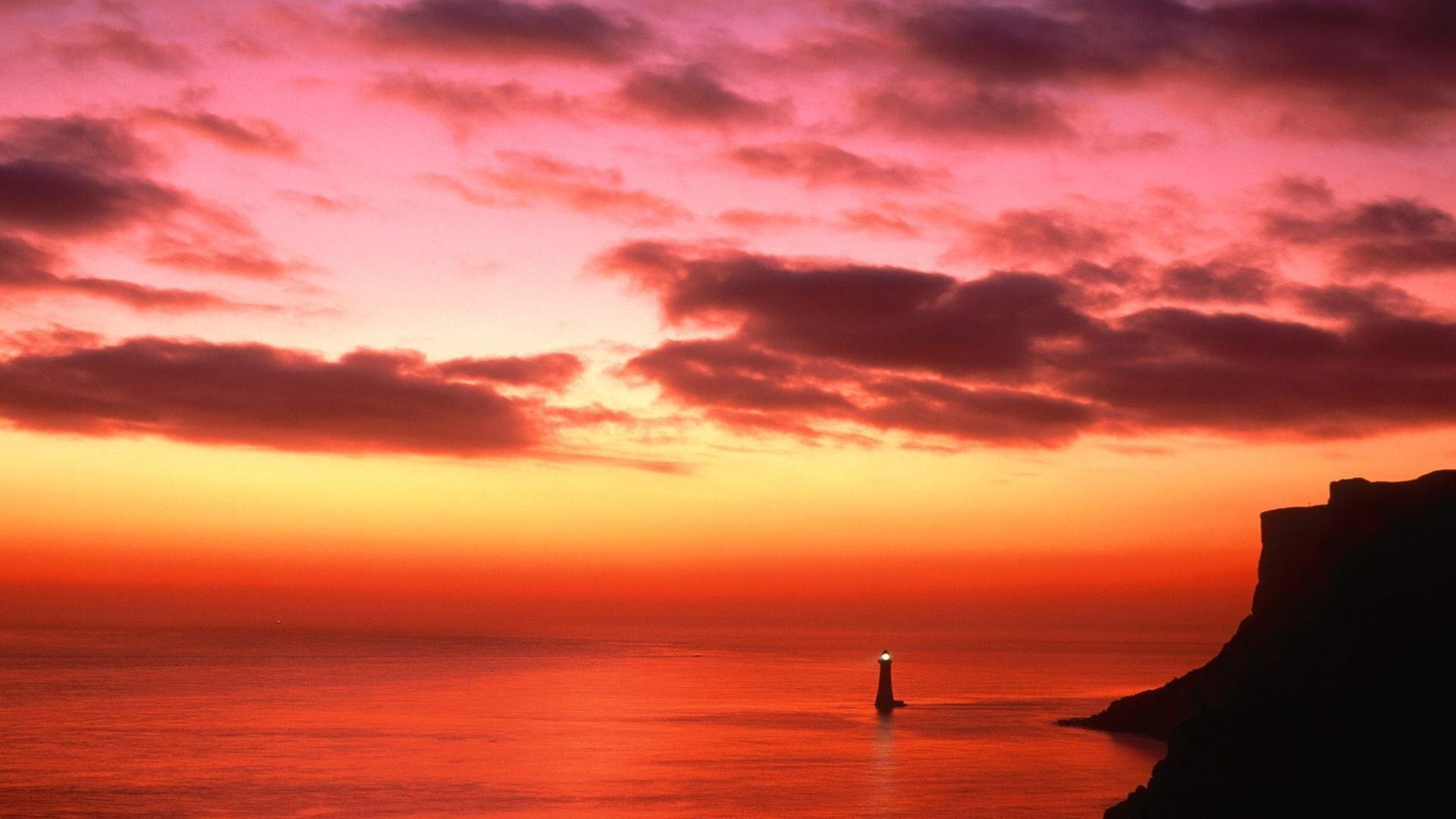 Lighthouse Wallpaper HD Desktop | ... Lighthouse Near Eastbourne England Free Desktop Background ...