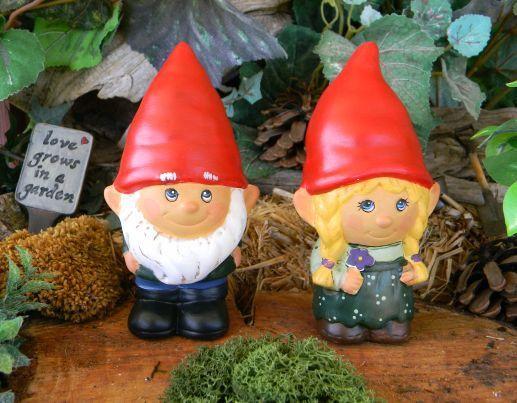 Female Garden Gnomes Dancing Duo Gnome Garden Statue Gnomes