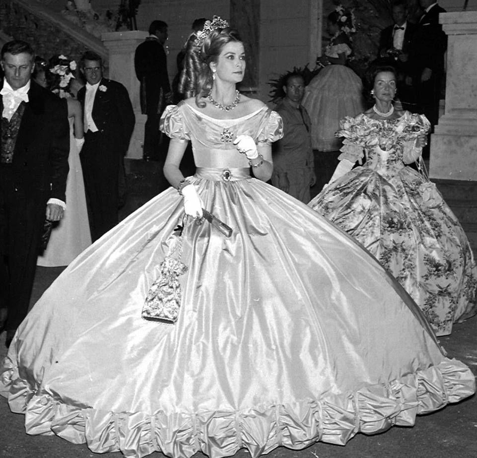 Wedding dress grace kelly style black