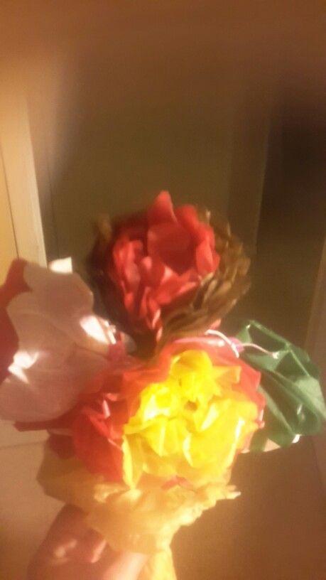 Bouquet fleurs papier soie