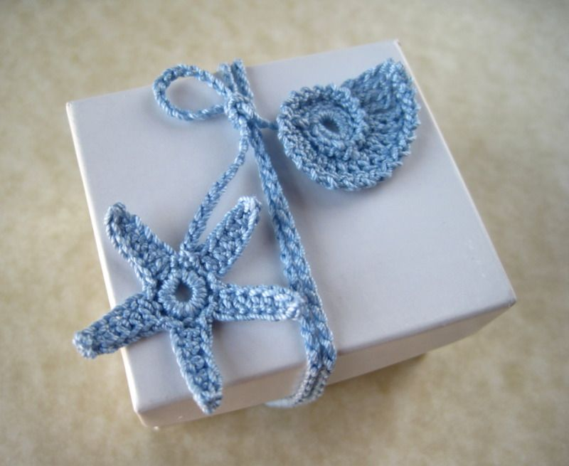Crochet Pattern Wrappping Ribbons | YouCanMakeThis.com