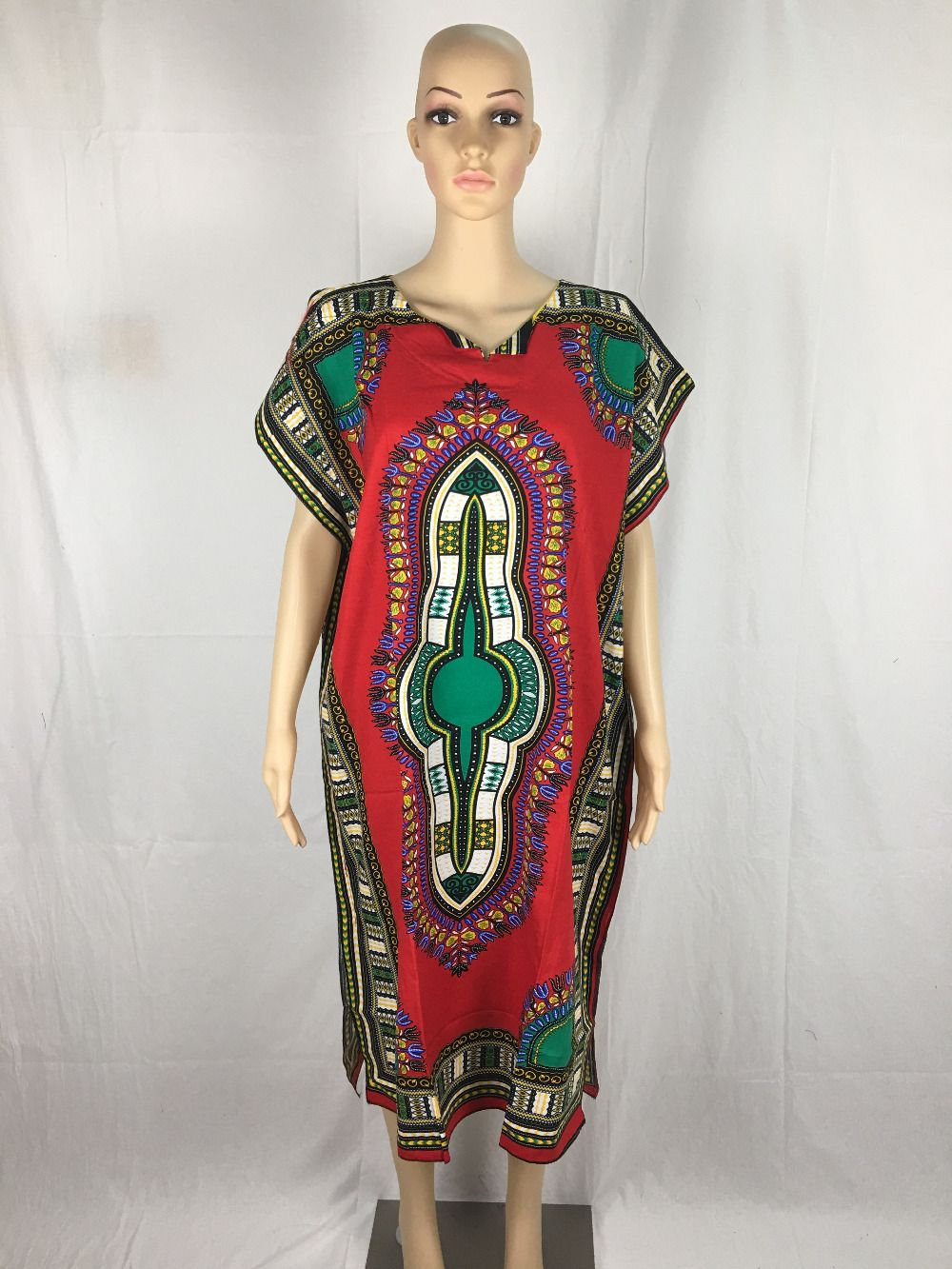 a58f783c4f Hipster woman African fashion design african traditional print ...
