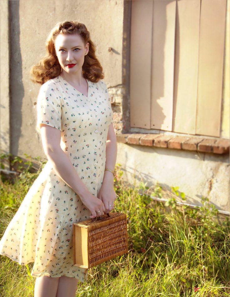 Sew Something Vintage 1940s Fashion: Original Vintage Japanese Silk Dress