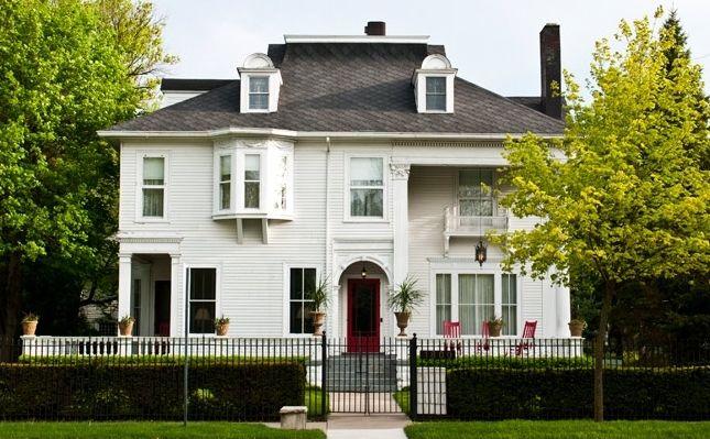 Chesny S Keswick Manor Historic Home Built In 1896 Bay City Bay City Michigan Bed And Breakfast