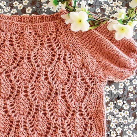 #mulpix Floratopp #strikk #strikking #floratopp #paelas #knitting #knitted #instaknit #knittersofinstagram