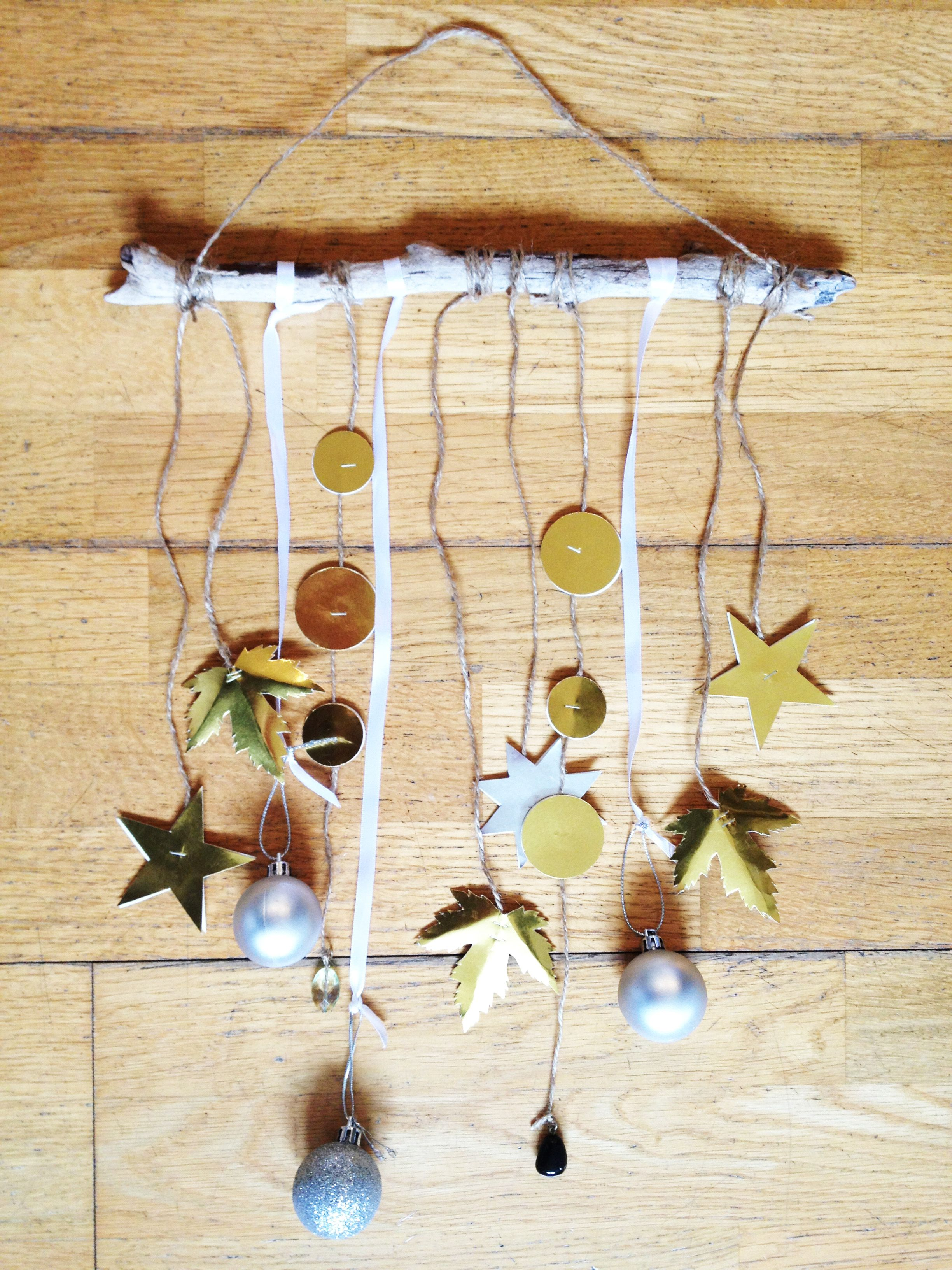 Keep things authentic and real with eclectic Christmas wall hangings ...