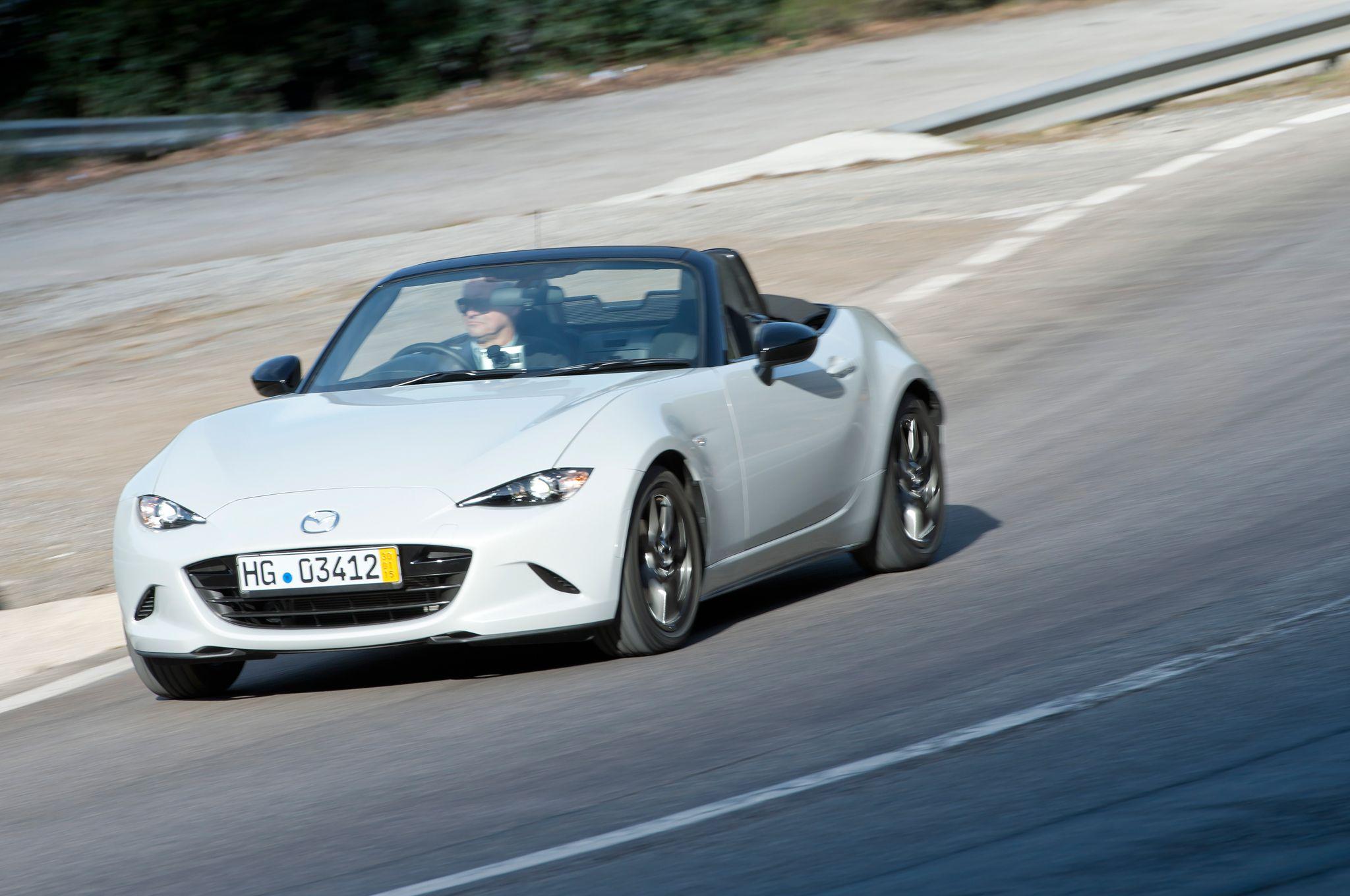 Mazda Miata becomes a Fiat, not Abarth 2015