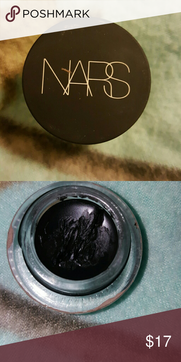 Nars eyepaint eyeliner Nars eyepaint eyeliner in black Valley, hardly used , good for eyeliner wings and even under water line or thick lines NARS Makeup Eyeliner
