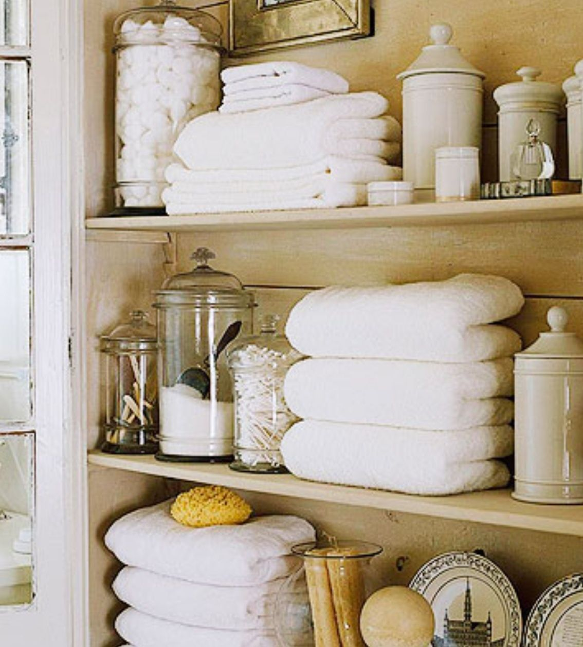 WEEKEND ORGANIZING | Fold towels, Organizing and Towels
