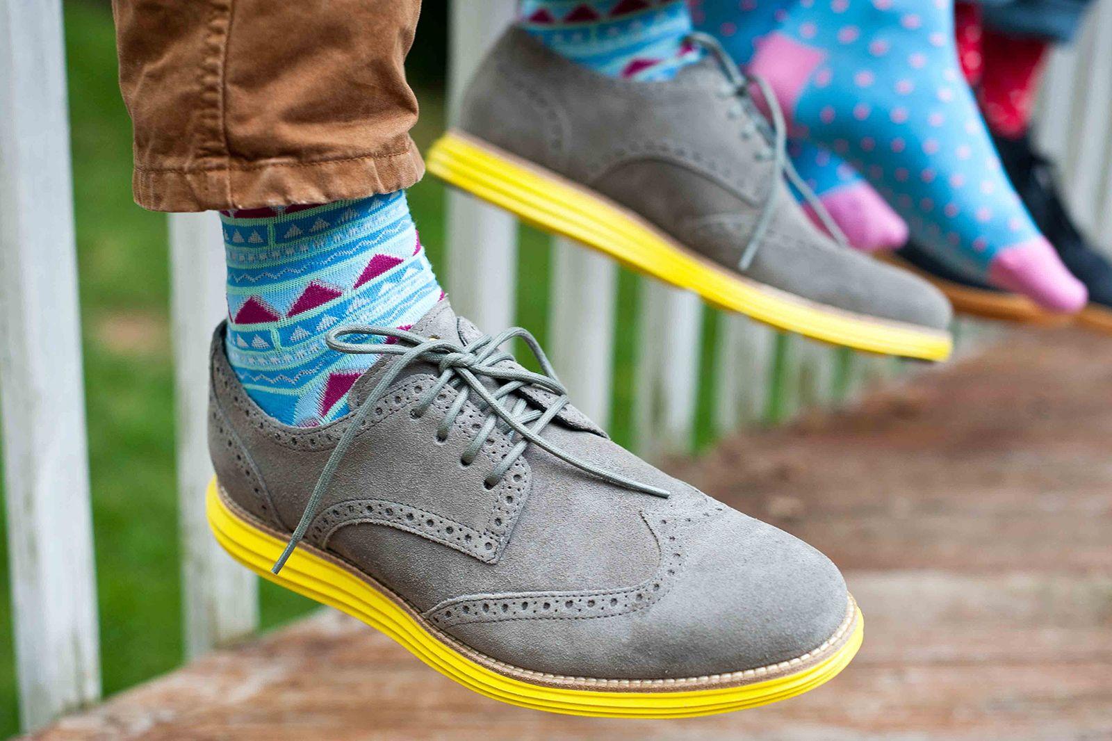 Nice Laundry Colorful Stylish Mens Socks Zapatillas Amarillas